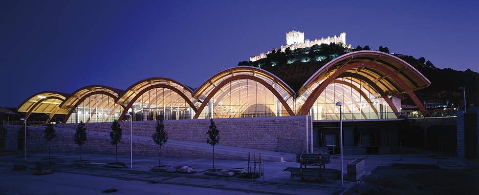 Bodegas Protos Richard Rogers RIBA Stirling 2009 Vista nocturna generalclass=