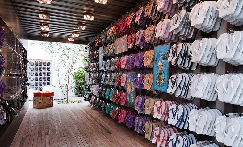 Havaianas São Paulo primera tienda Isay Weinfeld 3class=