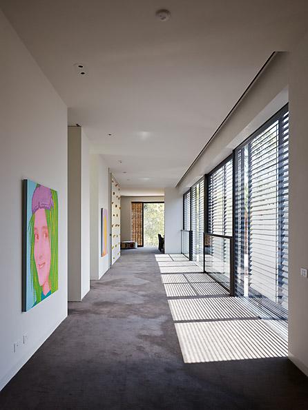 Casa Yarra de Leeton Pointon Architects en Melbourne Australia Pasilloclass=