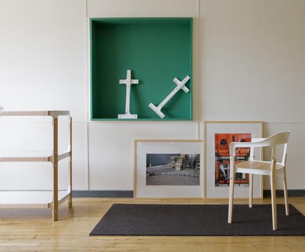 Los bouroullec redecoran apartment 50 en un edificio de - Mobiliario le corbusier ...