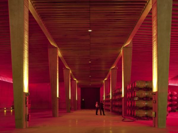 Norman Foster inaugura las Bodegas Portia en Burgos