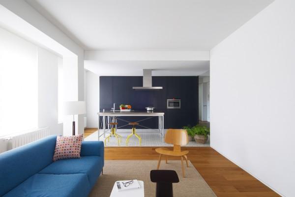 Rehabilitaci n de un piso en pamplona por el arquitecto i igo beguirist in - Reformas de apartamentos ...