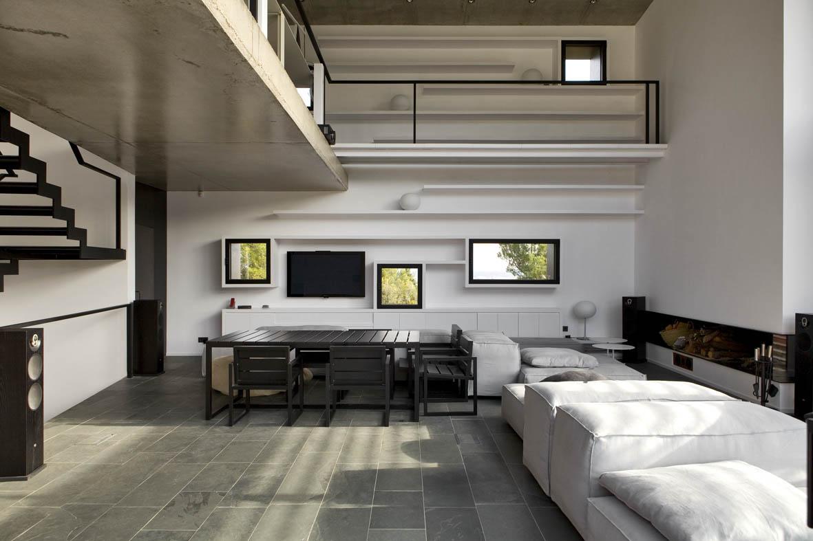 Casa en mont r s girona una mas a moderna para el - Salones de casa modernos ...