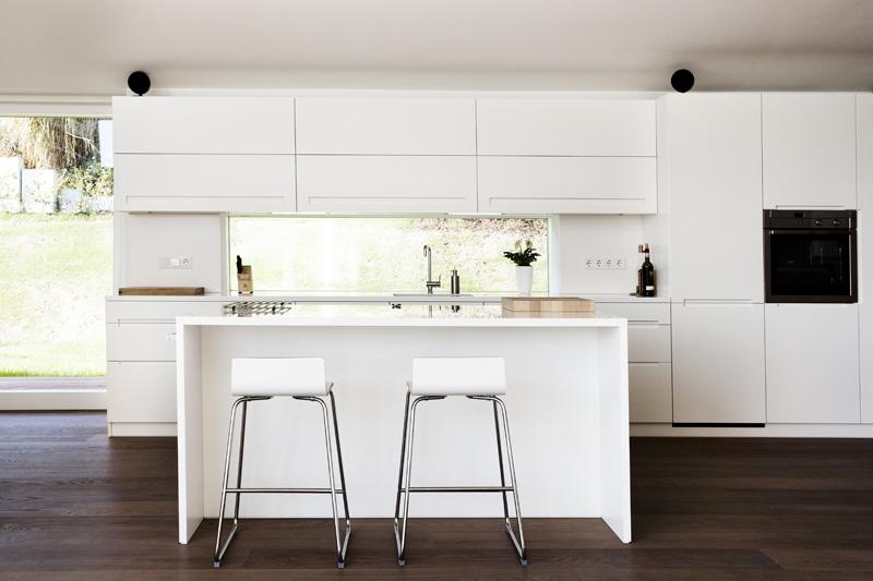 Villa 3s en graz austria la casa que el arquitecto for Puertas acristaladas interior