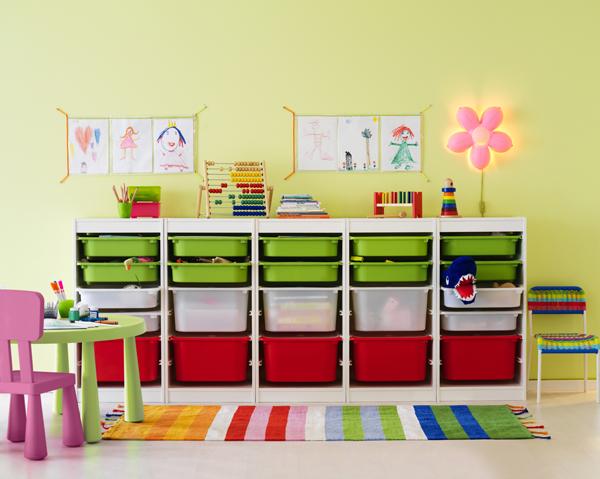子供部屋のおもちゃ収納にIKEAのTROFAST(トロファスト)がおすすめ