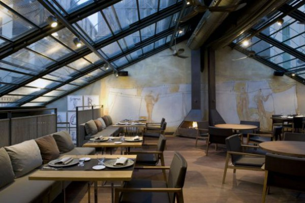 Renace el restaurante tragaluz barcelona for Oficinas grupo tragaluz