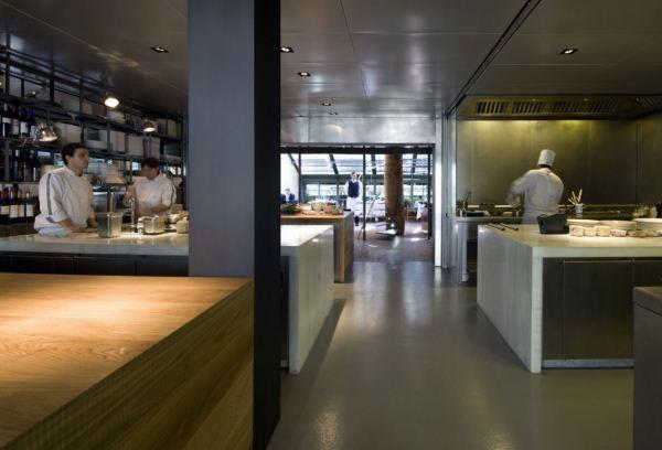 interior tragaluz restaurante diariodesign