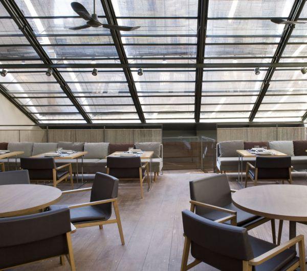 interior tragaluz barcelona restaurante diariodesign