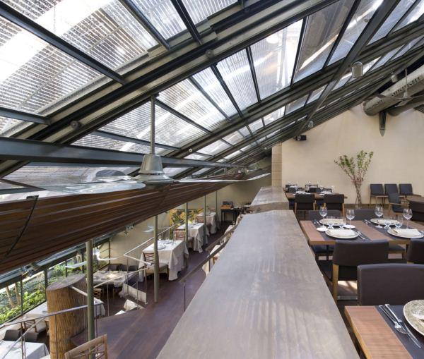 interior tragaluz restaurante techo diariodesign