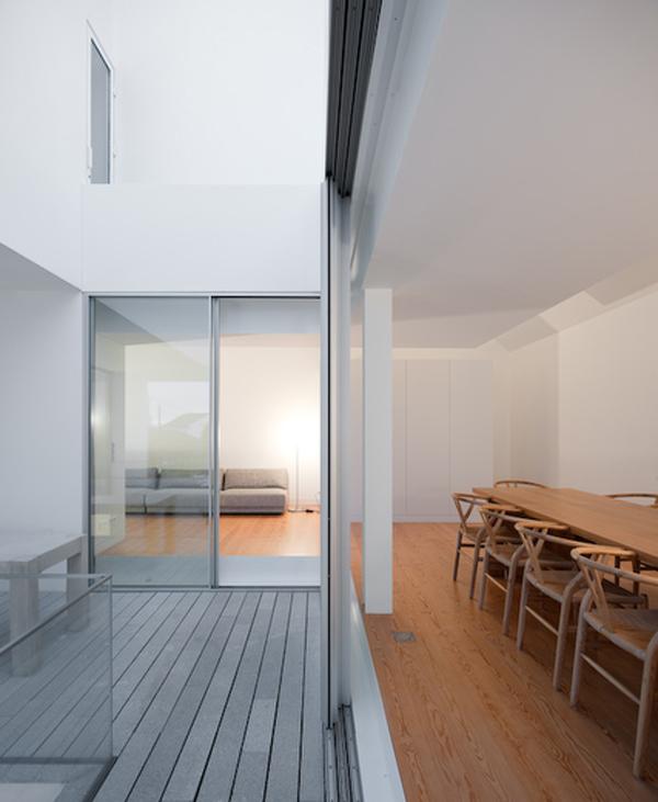 Una vivienda portuguesa que reinterpreta las casas for House in leiria aires mateus
