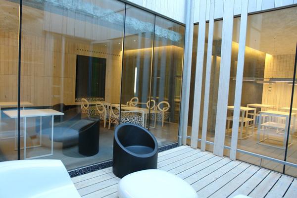 patio hotel Moure en santiago de compostela diariodesign
