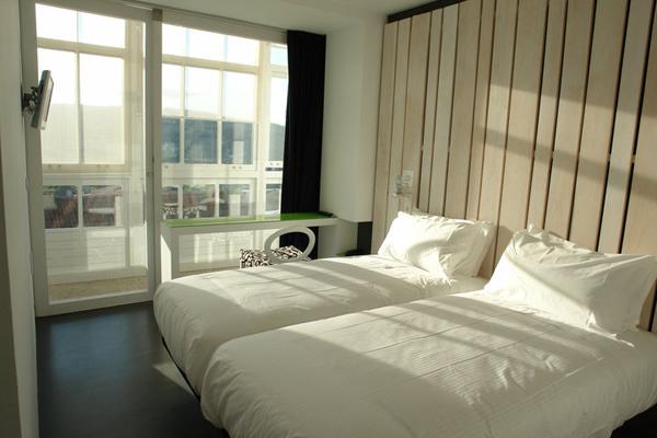 habitacion doble en hotel Moure en santiago de compostela diariodesign