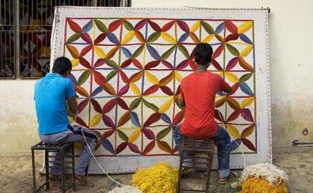 Nanimarquina lanza la web proyecto kala para financiar una escuela en la india - Nani marquina alfombras ...