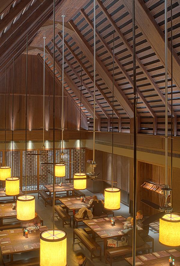 Los mejores restaurantes y bares en dise o del mundo 2011 for Disenos para bares