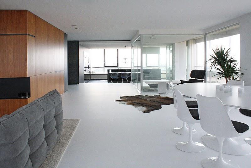 El arquitecto vehap shehi reconvierte un apartamento de for Interiorismo contemporaneo