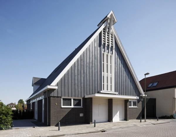 reconstruccion casa unifamiliar en una Iglesia de Rotterdam