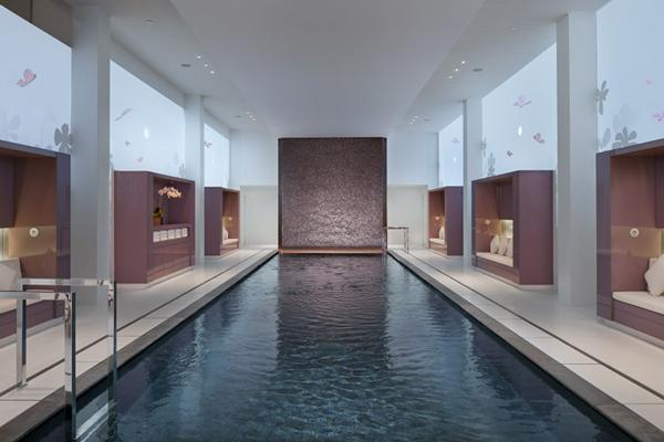 Nuevo hotel mandarin oriental par s exotismo con charme - Casas con piscina interior ...