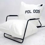 Soplido extremo, sofá, dacrón, producido por Malafor, 2011