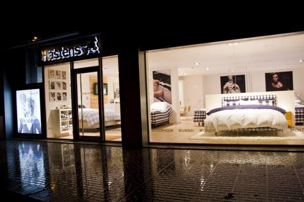 La camas suecas Hästens y su nueva tienda de Barcelona. - A la carta para dos