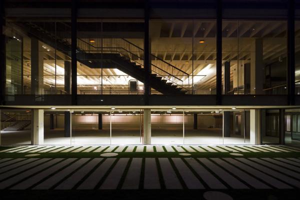 El coam colegio arquitectos madrid inaugura lasede for Biblioteca iglesia madrid