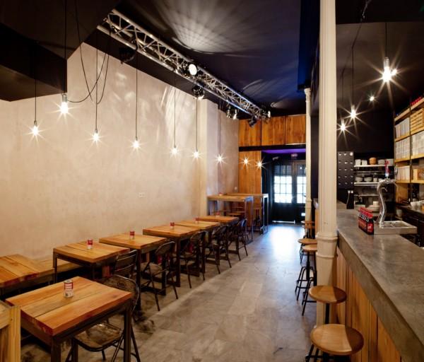 Ovejas negras sencillez con un toque vintage en un nuevo bar de tapas de sevilla - Decorar un bar de tapas ...