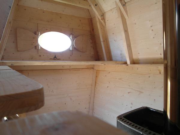 Huginn muninn una sauna artesana que homenajea la - Que es una sauna ...