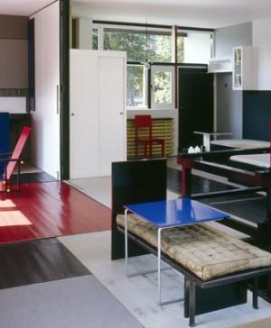 6 Rietveld_Schroeder_House_interior