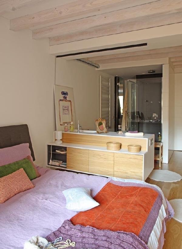 Baño Familiar Medidas:El baño principal se integra en la habitación principal de forma que