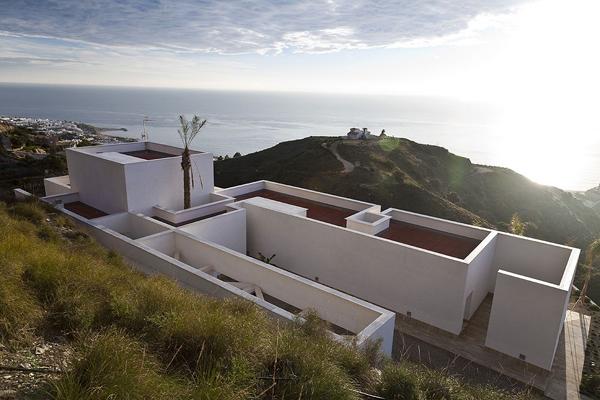 Casa aa de mvn arquitectos un mirador privilegiado sobre for Inmobiliarias de almeria