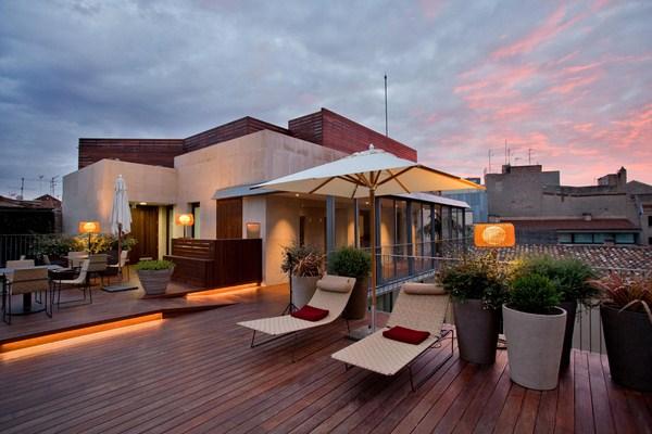 terraza Mercer hotel barcelona arquitecto rafael moneo diariodesign