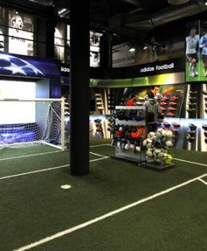 Futbolmania Barcelona de Salas Estudio en diariodesign