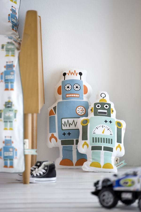 Cojínes Robots de Ferm Living para Nordicthink pop up design market diariodesign