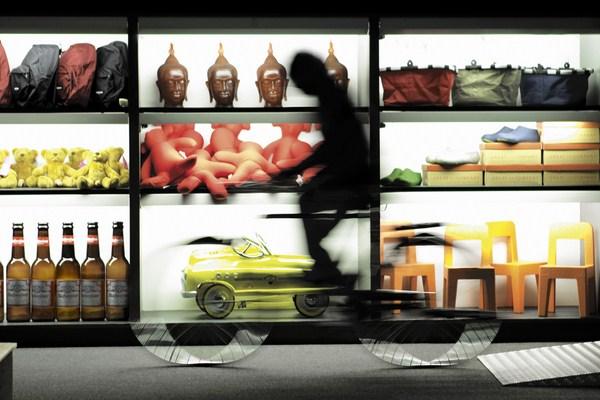 VINÇON-02 Interior de la tienda