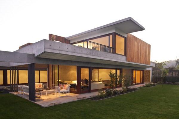 Casa la dehesa de lton leniz neoplasticismo con vistas a - Casas prefabricadas hormigon modernas ...