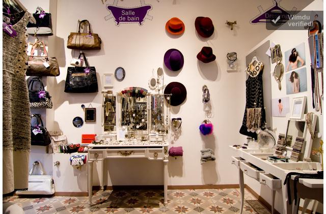 Paperdolls en par s tienda vintage por el dia hotel por la noche - Tiendas de decoracion vintage ...