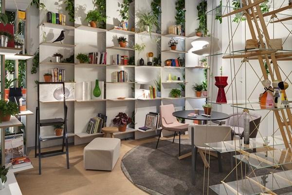 """Das Haus o La Casa del Futuro: Luca Nichetto presentó """"interiores en el escenario"""" en IMM Cologne."""