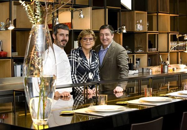 El Chef Felip Llufriu, Rosa Mª Esteva del Grupo Tragaluz y Joan Roca del Celler de Can Roca