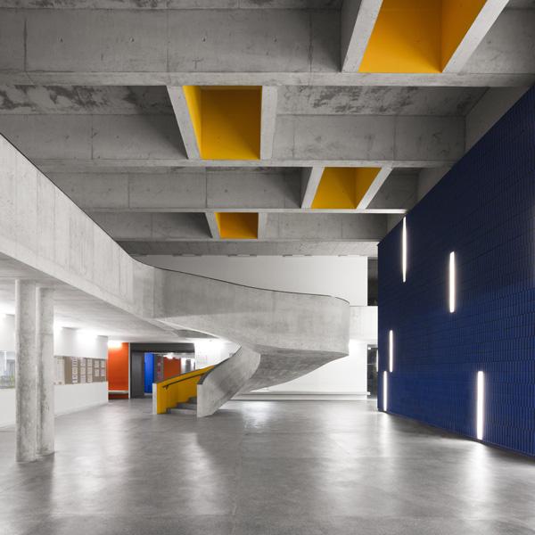 Dise o de escuelas cvdb arquitectos rehabilitan el centro for Universidades para diseno de interiores