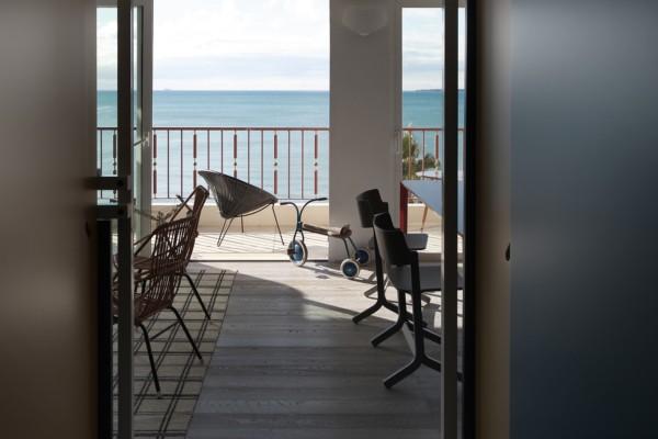 fun house marcante testa en la costa azul diariodesign