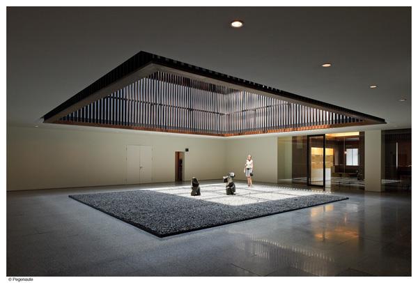Los reconocidos arquitectos neri hu reinterpretan la for Arquitectos reconocidos