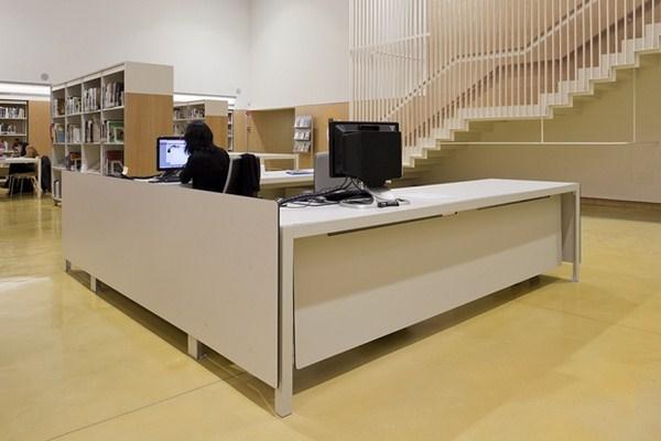 La nueva biblioteca sant ildefons en cornell un - Muebles en cornella ...