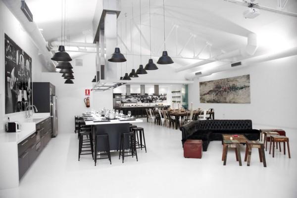 Un Antiguo Taller De Coches Se Reconvierte En Kitchen Club Diariodesign