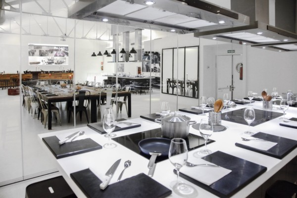 Un antiguo taller de coches se reconvierte en kitchen club - Escuela cocina madrid ...