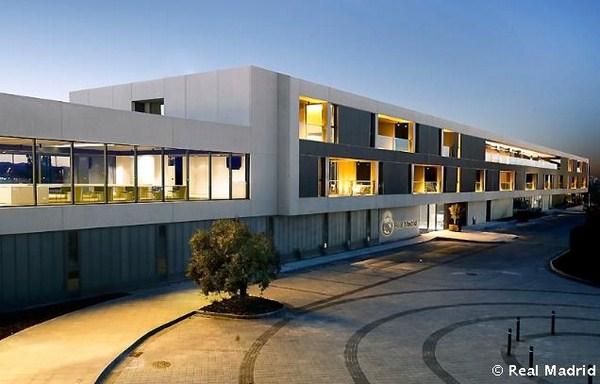Estudio de arquitectura lamela y francesc rif dise an la residencia del primer equipo 39 merengue - Estudio de arquitectura en madrid ...