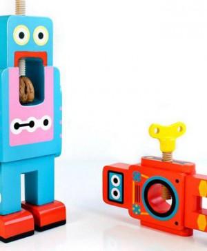 2 cascanueces robot