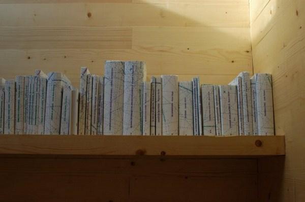 4 reading cabin