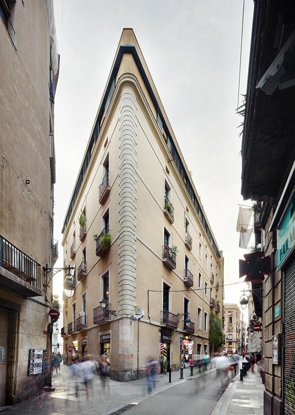 2 carrer Avinyo David Kohn