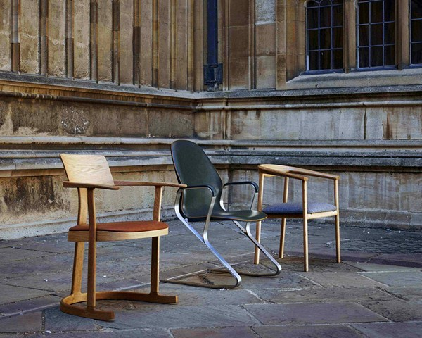 3 bodleian library chair