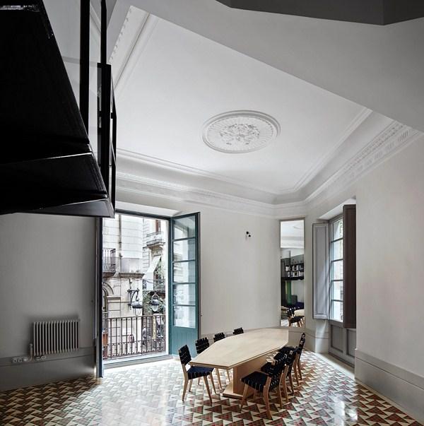 La Incre Ble Reforma De Un Apartamento En El Barrio G Tico De Barcelona Premio Inside Al