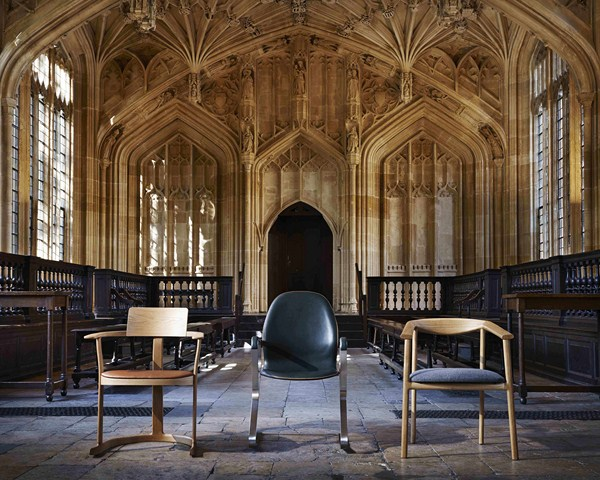 4 bodleian library chair